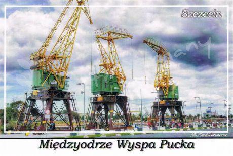 """Szczecin. Międzyodrze Wyspa Pucka, żurawie portowe """"Dźwigozaury"""" na nabrzeżu """"Starówka"""""""